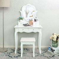Vanessa, toaletní stolek